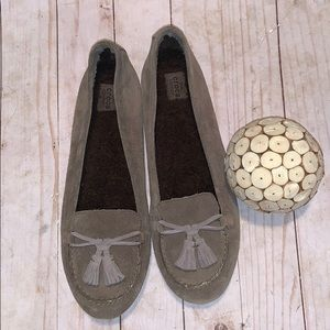 Crocs Taupe Suede Shoes Size 10
